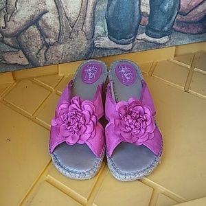 Life Stride Slip on Sandals